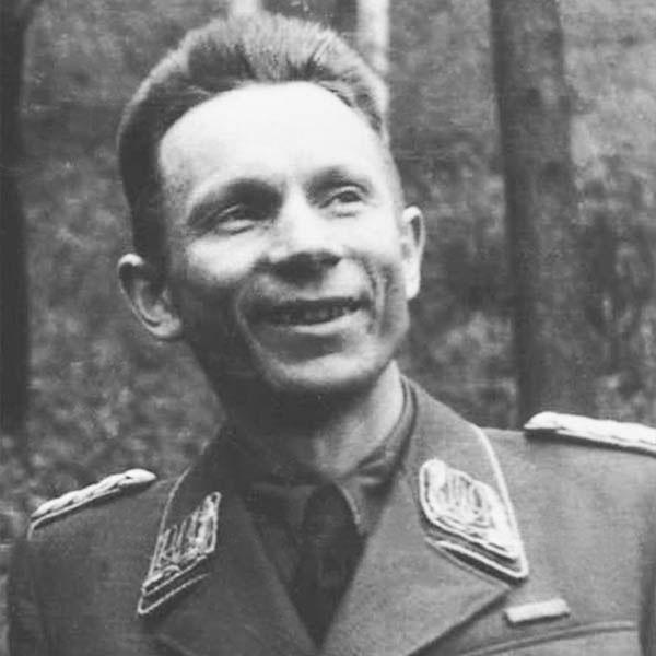 Тарас Боровець у формі генерала-хорунжого, 1942 рік