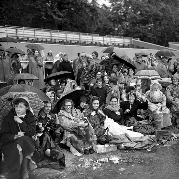 Близько 3 мільйонів британців прибули у Лондон на коронацію Єлизавети II