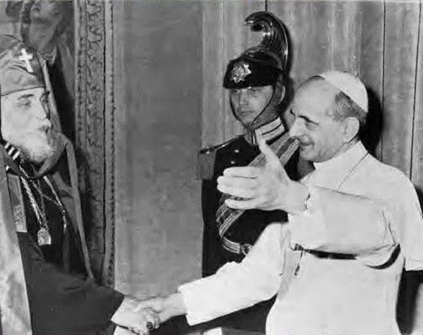 Йосип Сліпий (зліва) і папа Павло V, 1965 рік