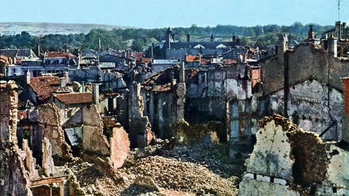 Зруйнований Верден після восьми місяців артобстрілів, жовтень 1916 року © Galerie Bilderwelt/Getty Images